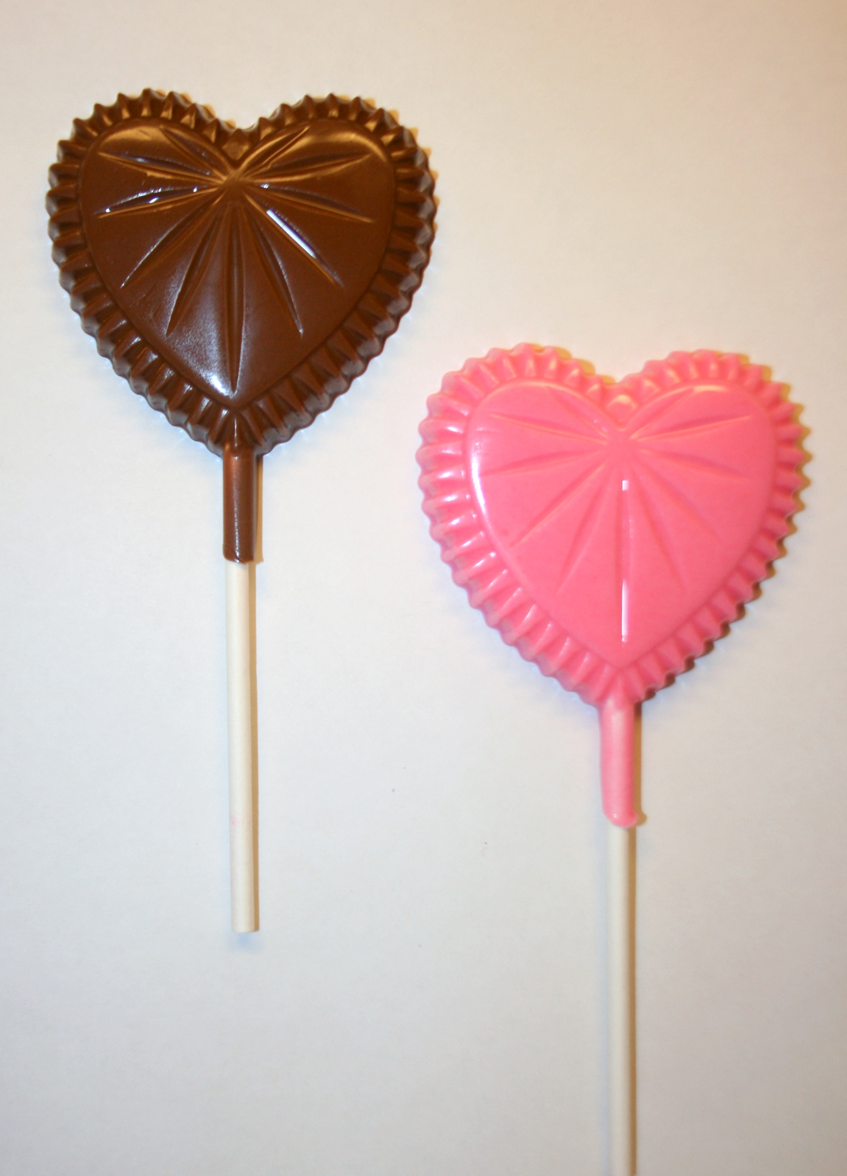 2 00 Usd A Delicious Crystal Heart Chocolate Lollipop